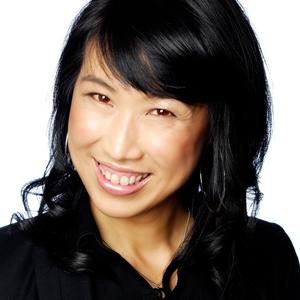 Headshot of Dr. Yvonne Sum